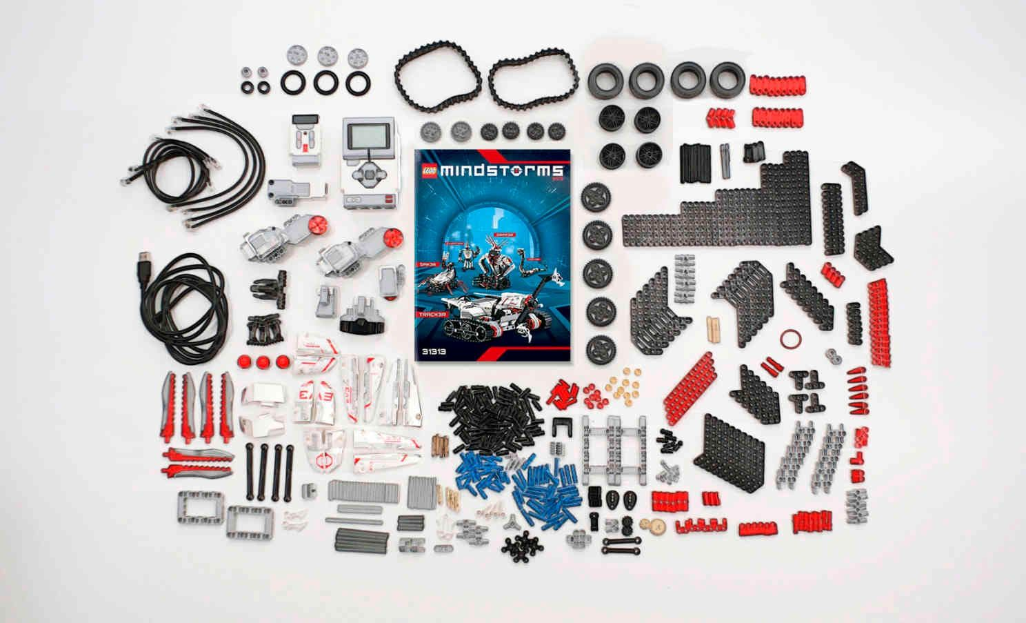 laptop with lego mindstorms application